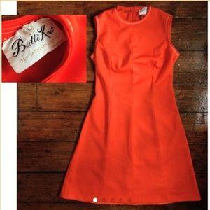 Vintage 60's Butte Knit hot orange poly dress 🧡